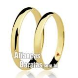 Alianças baratas em ouro lisas